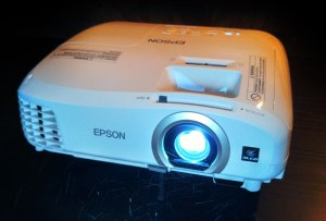 Epson-Home-Cinema-2040-front-shot