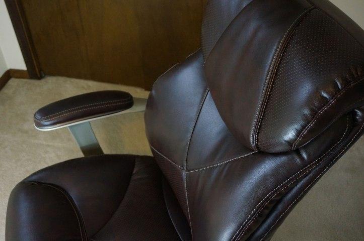 La-Z-Boy-45776-Cantania-chair
