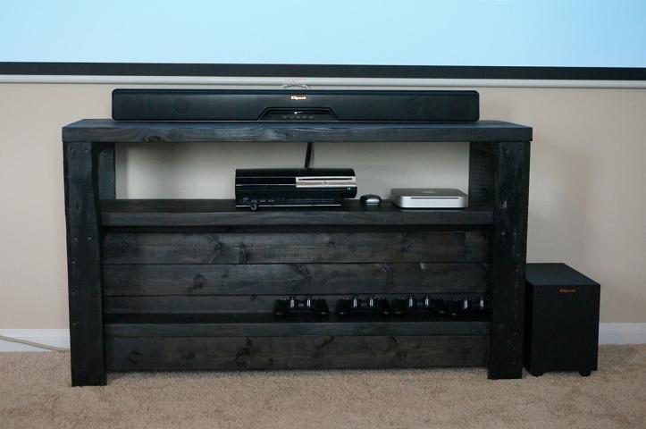 Klipsch-Reference-RSB-8-Soundbar-Front-View