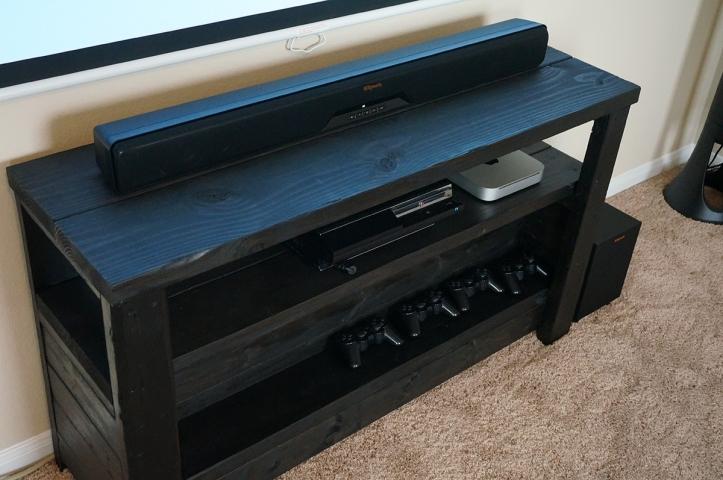 Klipsch-Reference-RSB-8-Soundbar-TV-Stand-Mounted