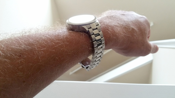 Fossil-Q-3rd-Gen-FTW6003-watch-band-on-wrist